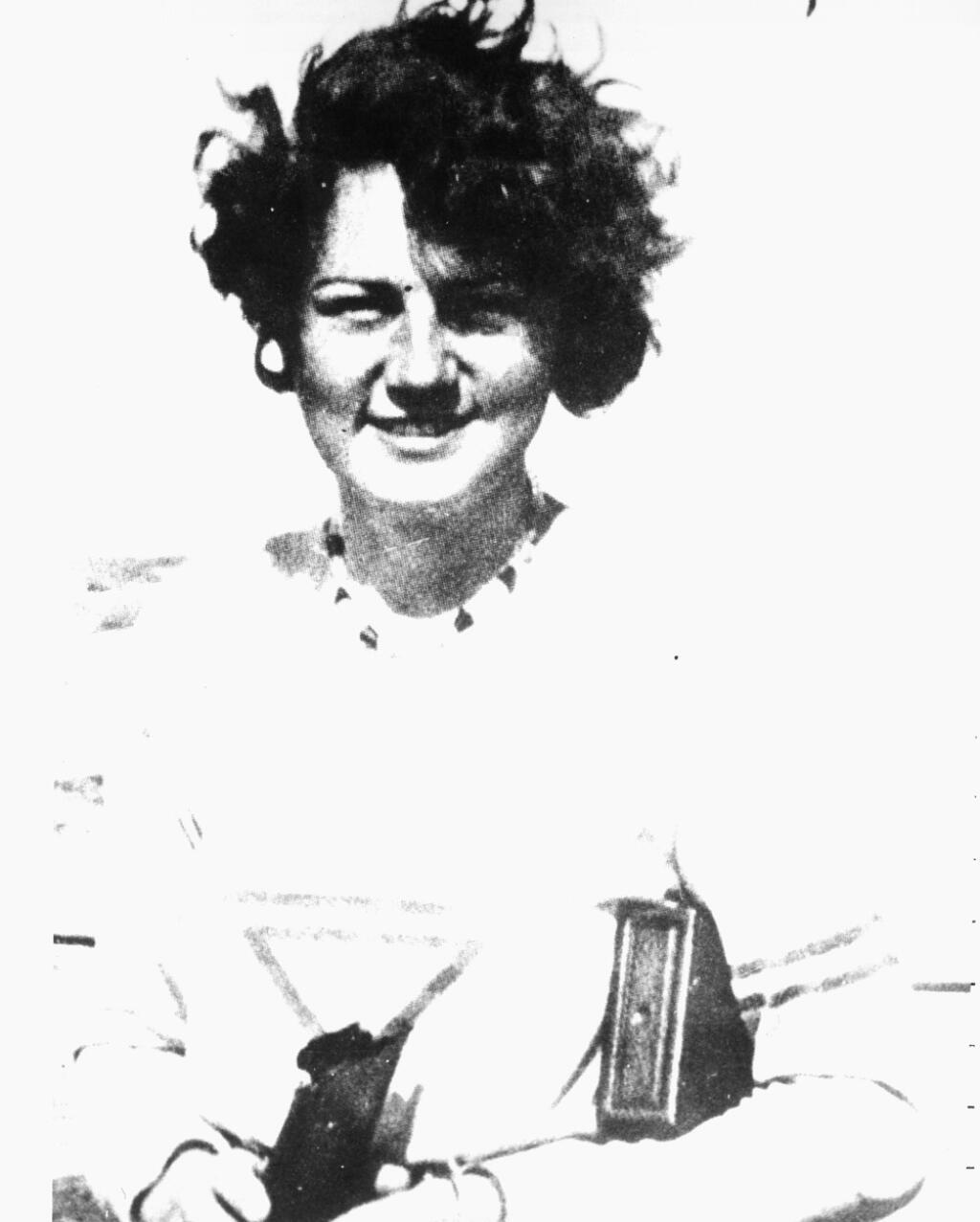 Dlhé roky mnohých máta príbeh o tragickej a nenaplnenej láske Adolfa, ktorou bola údajne jeho neter Geli Raubalová.