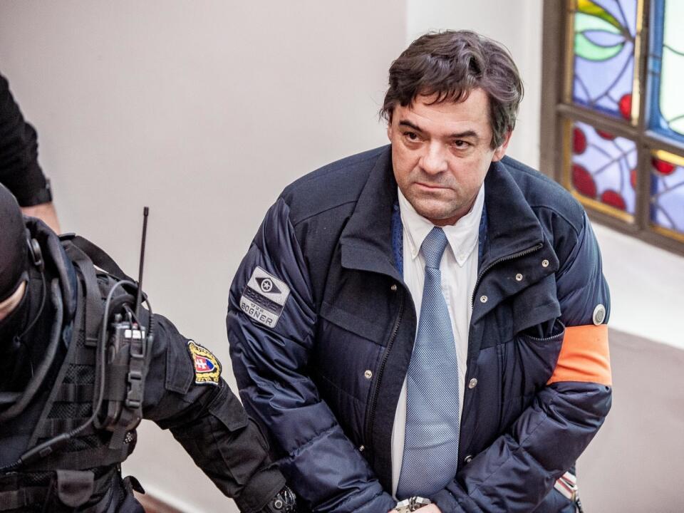 Marián Kočner pred vypočúvaním v kauze zmenky, v ktorej už na neho padla obžaloba. Kočner je obvinený z objednávky vraždy Kána Kuciaka (†27).