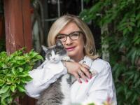 Moderátorka Elena Vacvalová šokuje: Doma mám štyri urny