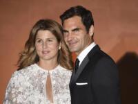 """Rogera Federera so slovenskou manželkou Mirkou môžete stretnúť na miestach, kde by ste to nikdy nečakali. Svoje o tom vie jedna fanúšička, ktorá prominentný pár """"načapala""""."""