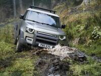 Všetky informácie o novom aute z Nitry: Land Rover Defender prekvapil nečakaným detailom