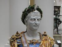 DEJEPIS ÚCHYLIEK A HRÔZY 1: Cisár TIBERIUS - OHAVNÉ, koho nútil cicať svoj pohlavný úd!