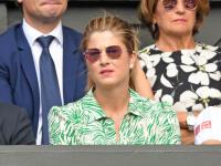 Žiari na prste. Slovenská manželka tenistu Rogera Federera (37) Mirka (41) prežívala posledné finále Wimbledonu so všetkým, čo k športovej dráme patrí. Napriek tomu, že po zápase skončila tvárou v dlaniach, tak dala dôvod, aby plnila stránky novín pomaly viac ako jej manžel.
