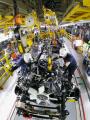Násilné európske tlačenie výrobcov do ekologických vozidiel môže pripraviť o prácu milióny ľudí