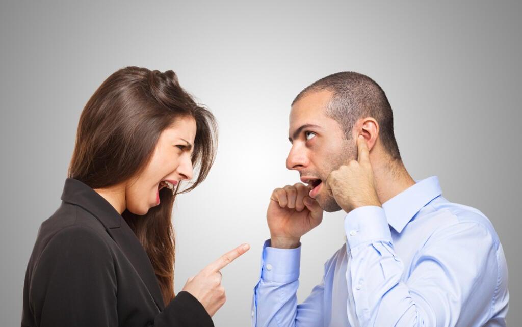 4 najčastejšie komunikačné zlozvyky v partnerskej komunikácii