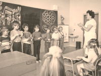 10 RETRO školských pomôcok, ktoré mal každý: Viete, čo sú jarmilky a verzatilka?