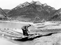 Osem storočí splavovali slovenské rieky: Pltníkov ohrozovali zbojníci aj ľadová voda