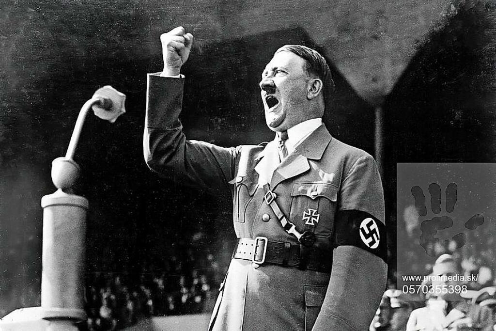 Adolf Hitler túžil po moci a vystupoval ako železný muž a diktátor.