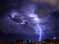 AKTUÁLNE Už sa to na nás VALÍ! Búrky vytopili rómsku osadu, pod Tatrami padajú krúpy!