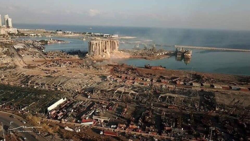 V Bejrúte vybuchol sklad s chemikáliami, ktoré úrady nedávno zhabali ako lodný kontraband.