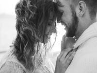 Na 1. pohľad sa k sebe vôbec nehodia, ale... Týmto dvojiciam znamení vydrží láska CELÝ ŽIVOT