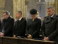 Zvláštne móresy Danka a Pellegriniho na pohrebe Gotta: Toto všetko bilo do očí!