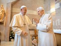 Nevídané! Po 600 rokoch máme dvoch žijúcich pápežov. Aká je pravda o ich vzťahu?