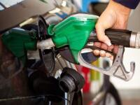 Viete, podľa čoho umiestňujú výrobcovia automobilov otvor palivovej nádrže?