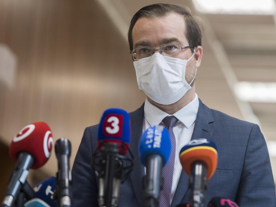 Na Slovensku pribudlo 26 nových prípadov nákazy novým koronavírusom počas stredy 1. apríla 2020. Celkovo ich na Slovensku je 426. Oznámil to minister zdravotníctva SR Marek Krajčí (na snímke) po rokovaní 7. schôdze vlády SR 2. apríla 2020 v Bratislave. FOTO TASR - Martin Baumann