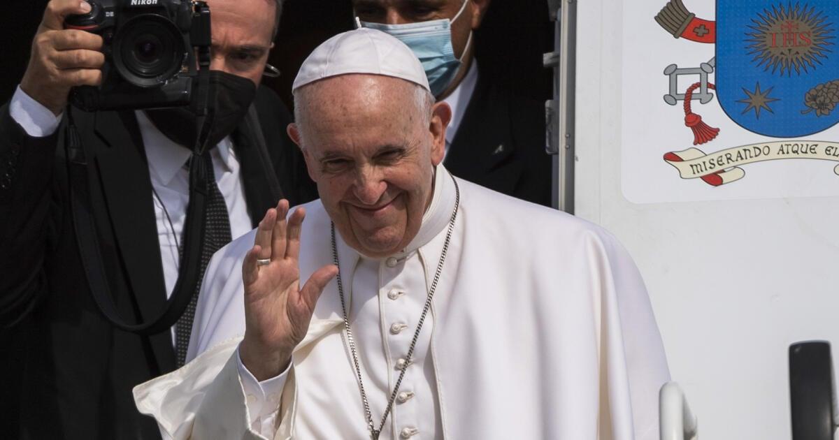 9 pikantností z návštevy pápeža: Bezáka vytiahol z posilky