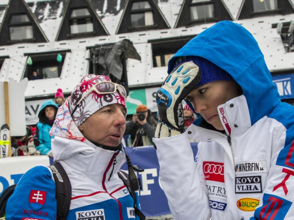 Tréner Magoni neraz jasne Petre Vlhovej povedal, kde na trati chybovala.