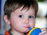 Hygienici varujú pred obrovskou chybou: Učíte tento zlozvyk svoje deti aj vy?