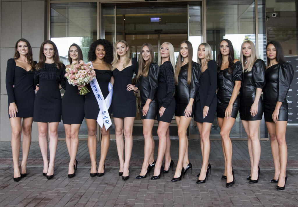 Na snímke finalistky súťaže Miss Slovensko 2020 v Bratislave 11. augusta 2020. FOTO TASR - Martin Baumann